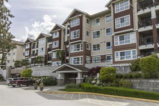 "Photo 2: 428 19677 MEADOW GARDENS Way in Pitt Meadows: North Meadows PI Condo for sale in ""THE FAIRWAYS"" : MLS®# R2161667"