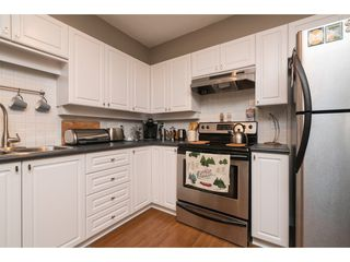 "Photo 4: 207 33731 MARSHALL Road in Abbotsford: Central Abbotsford Condo for sale in ""STEPHANIE PLACE"" : MLS®# R2162210"