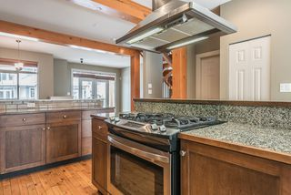 """Photo 10: 19 39758 GOVERNMENT Road in Squamish: Northyards 1/2 Duplex for sale in """"Arbourwoods"""" : MLS®# R2163642"""