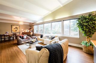 Photo 2: 1401 GREENBRIAR WAY in North Vancouver: Edgemont House for sale : MLS®# R2143736