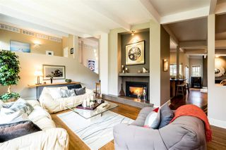Photo 1: 1401 GREENBRIAR WAY in North Vancouver: Edgemont House for sale : MLS®# R2143736