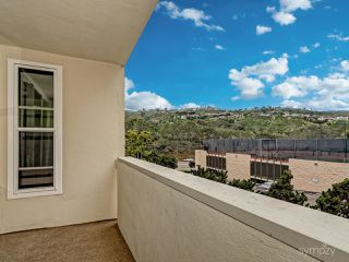 Photo 7: LA JOLLA Condo for rent : 1 bedrooms : 2510 TORREY PINES RD #312
