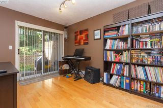 Photo 5: 8 4619 Elk Lake Dr in VICTORIA: SW Royal Oak Row/Townhouse for sale (Saanich West)  : MLS®# 766053