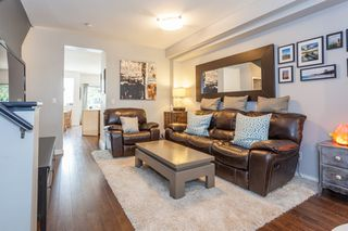 """Photo 8: 41 2678 KING GEORGE Boulevard in Surrey: King George Corridor Townhouse for sale in """"Mirada"""" (South Surrey White Rock)  : MLS®# R2203889"""