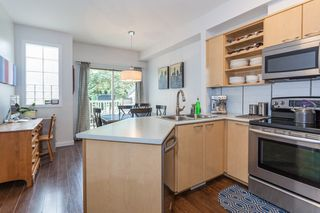 """Photo 10: 41 2678 KING GEORGE Boulevard in Surrey: King George Corridor Townhouse for sale in """"Mirada"""" (South Surrey White Rock)  : MLS®# R2203889"""