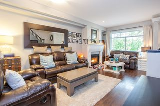 """Photo 3: 41 2678 KING GEORGE Boulevard in Surrey: King George Corridor Townhouse for sale in """"Mirada"""" (South Surrey White Rock)  : MLS®# R2203889"""