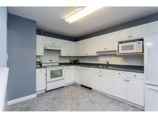 "Photo 3: 305 32044 OLD YALE Road in Abbotsford: Abbotsford West Condo for sale in ""Green Gables"" : MLS®# R2211381"