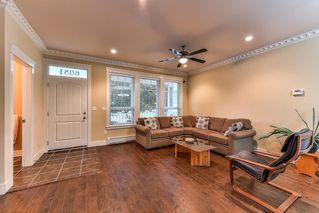Photo 2: 6081 148 Street in Surrey: Sullivan Station House for sale : MLS®# R2217359