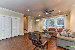 Photo 3: 6081 148 Street in Surrey: Sullivan Station House for sale : MLS®# R2217359