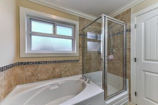 Photo 16: 6081 148 Street in Surrey: Sullivan Station House for sale : MLS®# R2217359