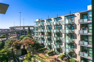 """Photo 14: 420 8988 HUDSON Street in Vancouver: Marpole Condo for sale in """"THE RETRO"""" (Vancouver West)  : MLS®# R2218482"""