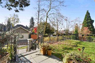"Photo 10: 117 3188 W 41ST Avenue in Vancouver: Kerrisdale Condo for sale in ""LANESBOROUGH"" (Vancouver West)  : MLS®# R2219846"