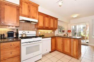 "Photo 5: 117 3188 W 41ST Avenue in Vancouver: Kerrisdale Condo for sale in ""LANESBOROUGH"" (Vancouver West)  : MLS®# R2219846"