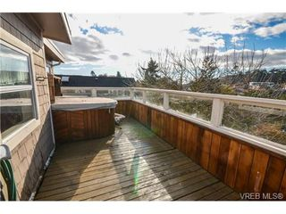 Photo 8: 342 Arnold Avenue in VICTORIA: Vi Fairfield East Residential for sale (Victoria)  : MLS®# 332824