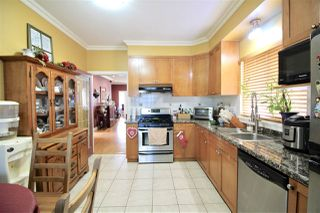 Photo 6: 4230 BOUNDARY Road in Burnaby: Burnaby Hospital House for sale (Burnaby South)  : MLS®# R2244510