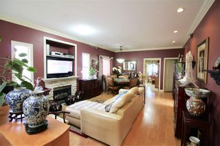 Photo 2: 4230 BOUNDARY Road in Burnaby: Burnaby Hospital House for sale (Burnaby South)  : MLS®# R2244510
