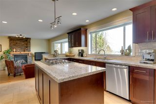 """Photo 4: 2905 KALAMALKA Drive in Coquitlam: Coquitlam East House for sale in """"RIVER HEIGHTS"""" : MLS®# R2246775"""