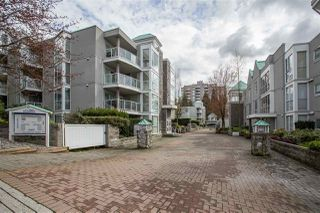 "Photo 13: 101 8430 JELLICOE Street in Vancouver: Fraserview VE Condo for sale in ""The Boardwalk"" (Vancouver East)  : MLS®# R2259297"