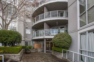 "Photo 12: 101 8430 JELLICOE Street in Vancouver: Fraserview VE Condo for sale in ""The Boardwalk"" (Vancouver East)  : MLS®# R2259297"