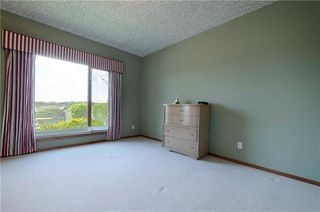 Photo 32: 3100 SIGNAL HILL Drive SW in Calgary: Signal Hill House for sale : MLS®# C4182247