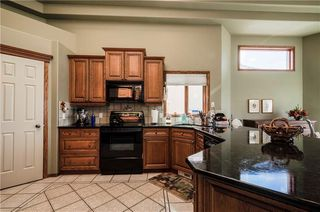 Photo 16: 3100 SIGNAL HILL Drive SW in Calgary: Signal Hill House for sale : MLS®# C4182247