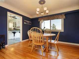 Photo 5: 1075 Gosper Cres in VICTORIA: Es Kinsmen Park Single Family Detached for sale (Esquimalt)  : MLS®# 788714