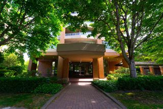 "Photo 4: 605 4689 HAZEL Street in Burnaby: Forest Glen BS Condo for sale in ""THE MADISON"" (Burnaby South)  : MLS®# R2283645"