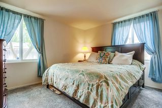 Photo 13: POWAY House for sale : 4 bedrooms : 14033 Eastern Street