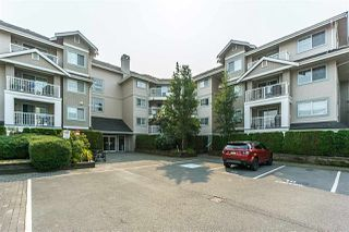 "Photo 2: 305 19388 65 Avenue in Surrey: Clayton Condo for sale in ""Liberty"" (Cloverdale)  : MLS®# R2296517"