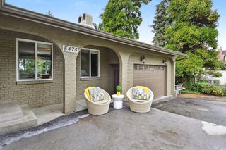 Photo 2: 5475 BAKERVIEW Drive in Surrey: Sullivan Station House for sale : MLS®# R2313482