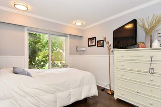 Photo 10: 5475 BAKERVIEW Drive in Surrey: Sullivan Station House for sale : MLS®# R2313482