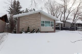 Photo 2: 111 Spinks Drive in Saskatoon: West College Park Residential for sale : MLS®# SK759377
