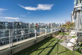 "Photo 15: 801 77 WALTER HARDWICK Avenue in Vancouver: False Creek Condo for sale in ""KAYAK"" (Vancouver West)  : MLS®# R2343982"