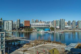 "Photo 16: 801 77 WALTER HARDWICK Avenue in Vancouver: False Creek Condo for sale in ""KAYAK"" (Vancouver West)  : MLS®# R2343982"