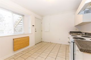 Photo 15: 356 E 33RD Avenue in Vancouver: Main House for sale (Vancouver East)  : MLS®# R2348090