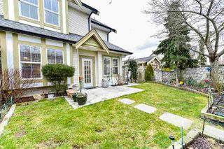 """Photo 4: 1 18707 65 Avenue in Surrey: Cloverdale BC Townhouse for sale in """"The Legends"""" (Cloverdale)  : MLS®# R2349141"""