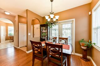 """Photo 7: 1 18707 65 Avenue in Surrey: Cloverdale BC Townhouse for sale in """"The Legends"""" (Cloverdale)  : MLS®# R2349141"""