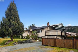 Photo 2: 2826 Santana Drive in VICTORIA: La Goldstream Single Family Detached for sale (Langford)  : MLS®# 406865