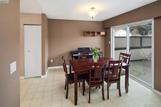 Photo 7: 2826 Santana Drive in VICTORIA: La Goldstream Single Family Detached for sale (Langford)  : MLS®# 406865