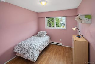 Photo 14: 2826 Santana Drive in VICTORIA: La Goldstream Single Family Detached for sale (Langford)  : MLS®# 406865