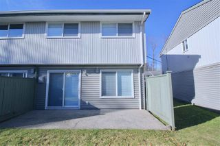 """Photo 13: 104 45185 WOLFE Road in Chilliwack: Chilliwack W Young-Well Townhouse for sale in """"Townsend Greens"""" : MLS®# R2351129"""