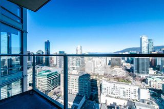 "Photo 12: 2811 833 SEYMOUR Street in Vancouver: Downtown VW Condo for sale in ""CAPITOL RESIDENCE"" (Vancouver West)  : MLS®# R2357159"