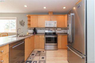 Photo 8: 6660 Rhodonite Dr in SOOKE: Sk Broomhill Half Duplex for sale (Sooke)  : MLS®# 811235