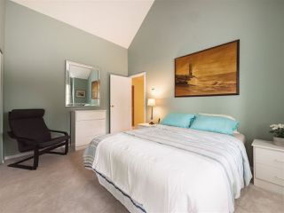 """Photo 10: 7 98 BEGIN Street in Coquitlam: Maillardville Townhouse for sale in """"LE PARC"""" : MLS®# R2359989"""