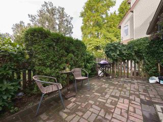 """Photo 17: 7 98 BEGIN Street in Coquitlam: Maillardville Townhouse for sale in """"LE PARC"""" : MLS®# R2359989"""