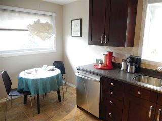 Photo 4: 14812 84 Avenue in Edmonton: Zone 10 House for sale : MLS®# E4152510