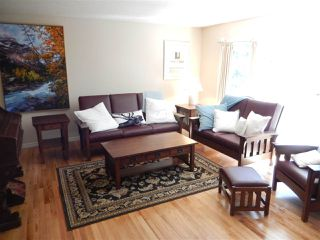 Photo 5: 14812 84 Avenue in Edmonton: Zone 10 House for sale : MLS®# E4152510