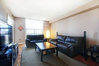 Photo 7: 703 20 Harding Boulevard in Richmond Hill: Harding Condo for sale : MLS®# N4428687