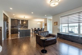Photo 11: 10976 75 Avenue in Edmonton: Zone 15 House for sale : MLS®# E4156928