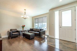 Photo 2: 10976 75 Avenue in Edmonton: Zone 15 House for sale : MLS®# E4156928